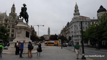 TWW - Via Porto with Yellow bus