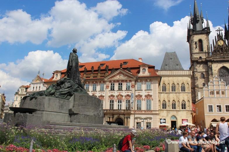 ©TravelwithWendy - Old town square%22 www.travelwithwendy.net