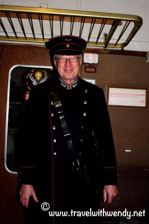 TWW - Steam captain