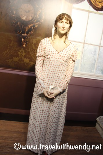 tww-jane-austen-figure-at-centre-www-travelwithwendy-net