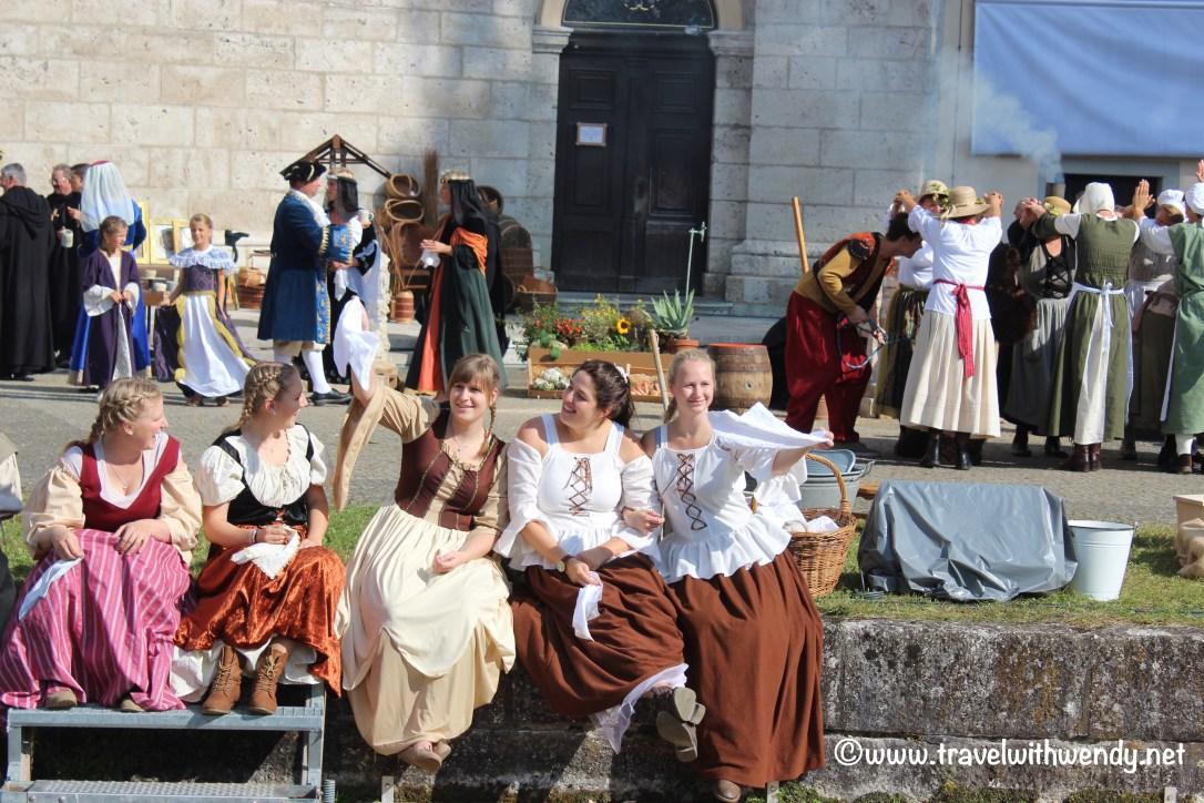 tww-merry-maids-zwiefalten-bierfest-www-travelwithwendy-net
