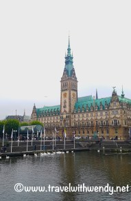 rathaus-courthouse