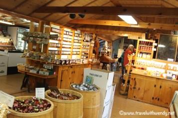 travel-with-wendy-dakin-farms-store-vergennes-www-travelwithwendy-net