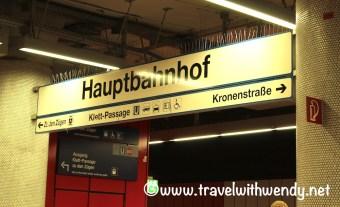 hauptbahnhof-signage