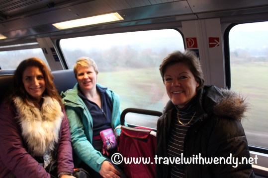 train-travel-fun