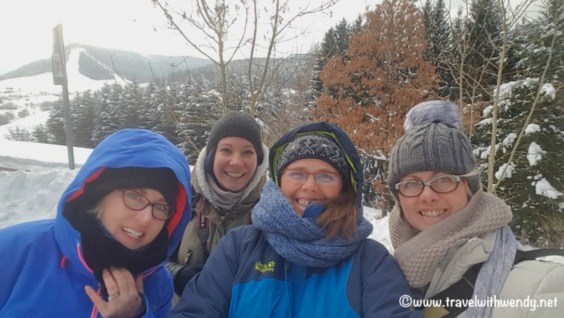 friends-in-the-snow-black-forest