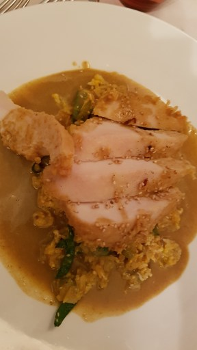 Chicken with curry cream sauce