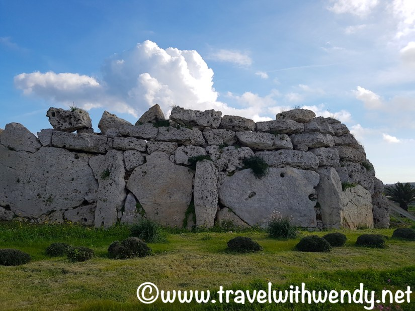 parts-of-the-ggantija-neolithic-temples
