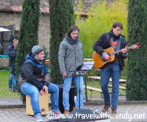 Youth bands strum a tune