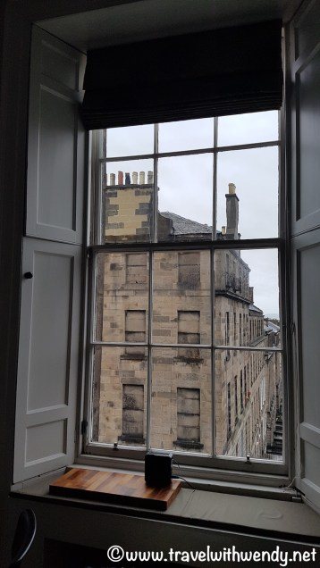 BEAUTIFUL HOLIDAY HOMES - Views from the apartment - Edinburgh