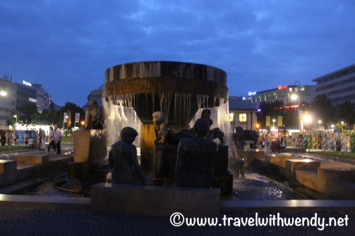 Berlin at night - Buddy Bears and Statues