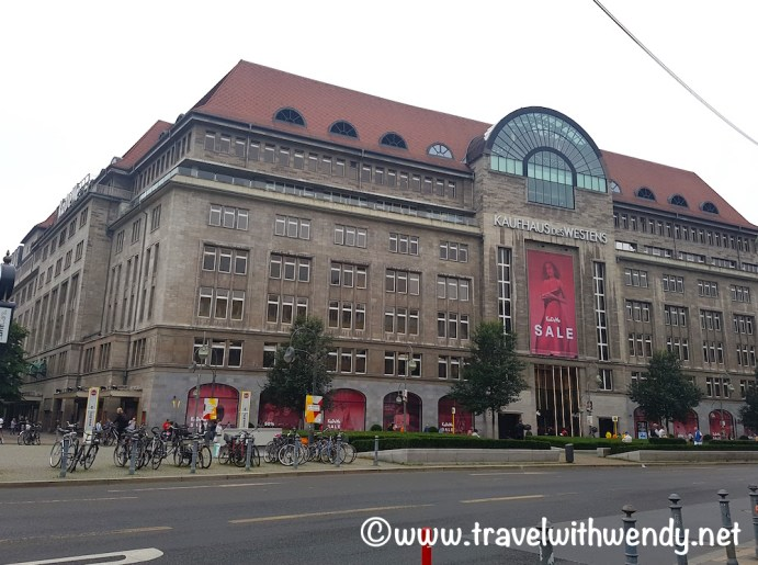 Berlin - more malls of Berlin - Kaufhaus