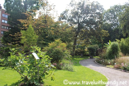 Botanical Gardens and paths - Antwerp