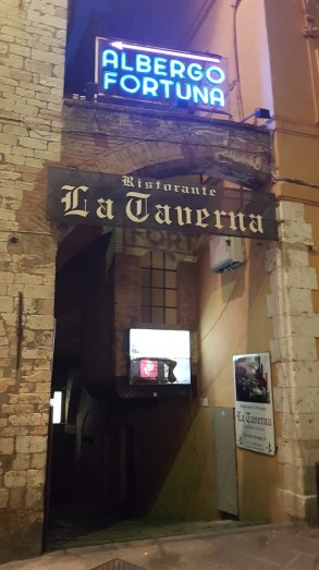 La Taverna Entrance