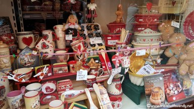 Alsace Christmas Store - pottery