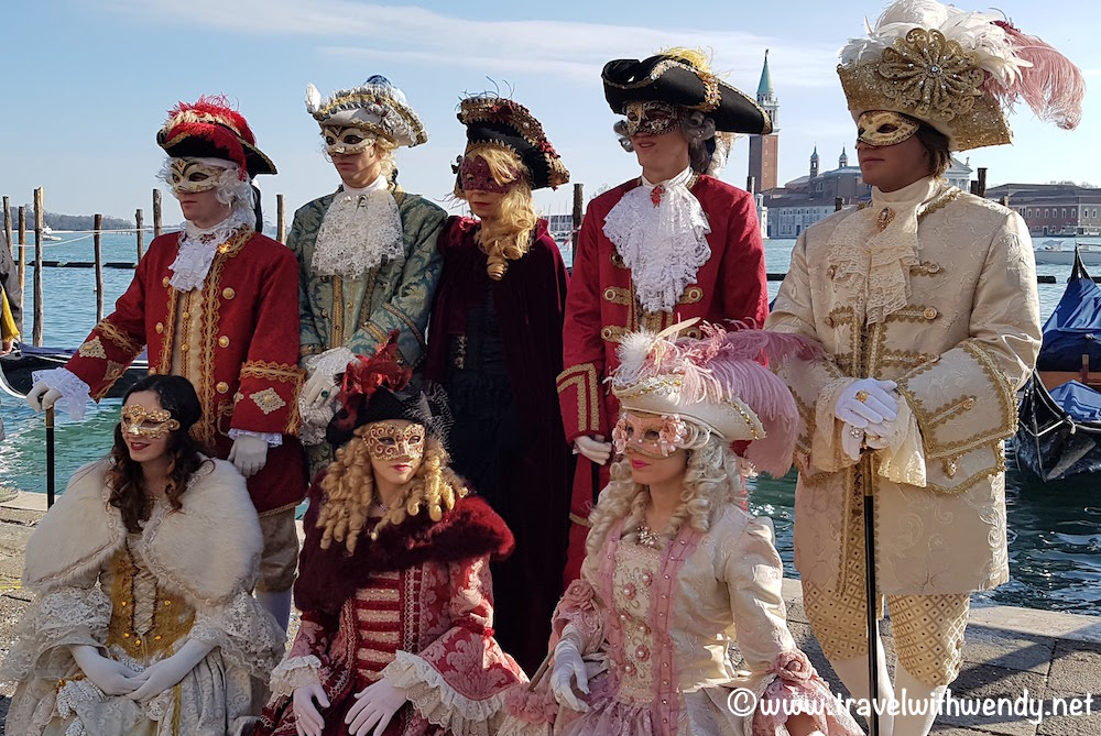 Venetians loving Venice