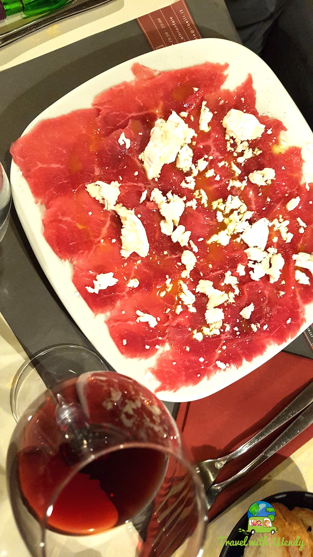 Carpaccio with goat cheese