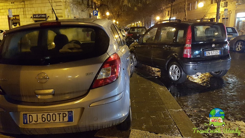 Wee little cars for wee little space in Rome