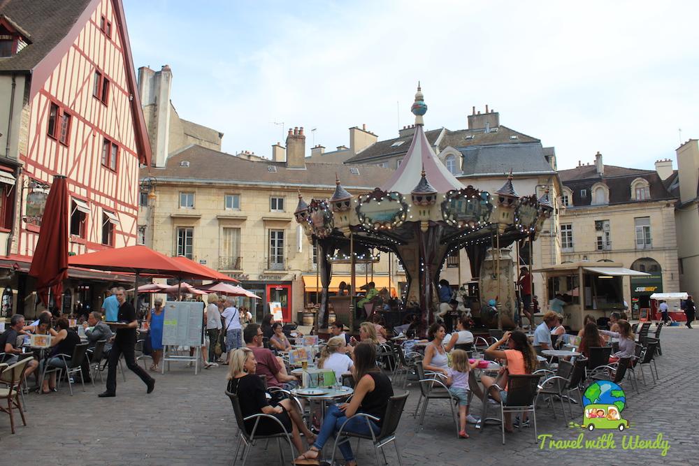 Dijon square
