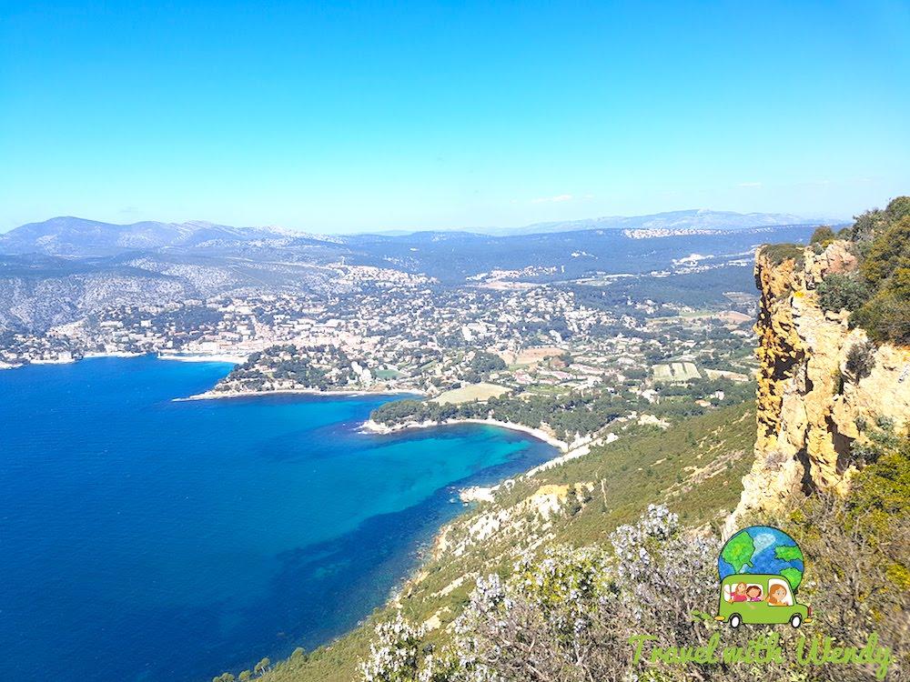 Coast of Cassis - Blue water.jpg