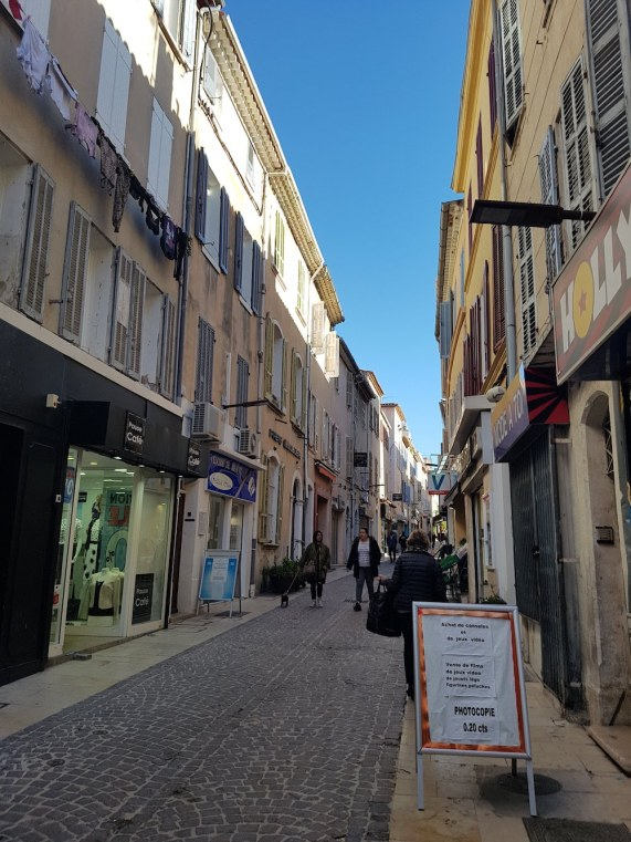 Walking the streets of La Ciotat