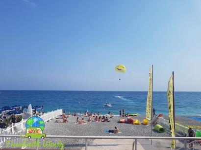 Fun on the shore - €€€