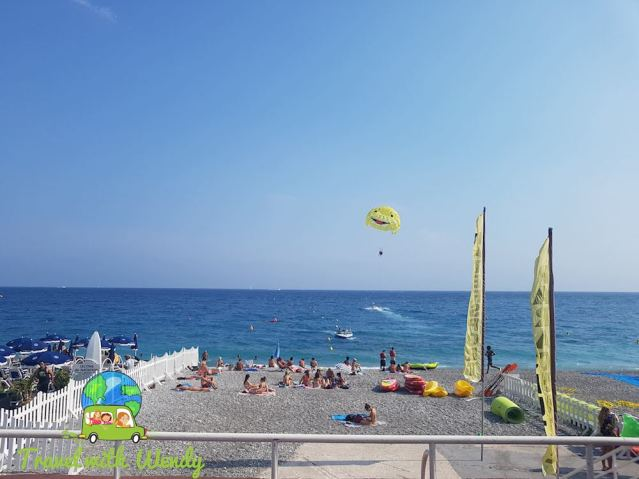 Fun on the shore - Nice, France