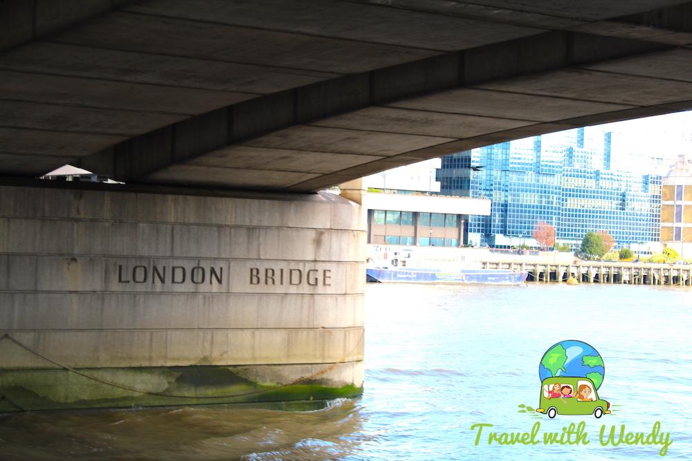 Under the London Bridge