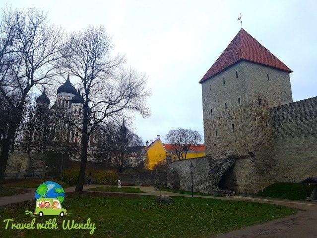 Tallinn - ancient walls