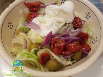 Toss salad at La Locanda