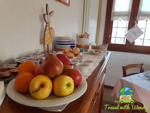 Healthy breakfast too - Agriturismo Crocerone