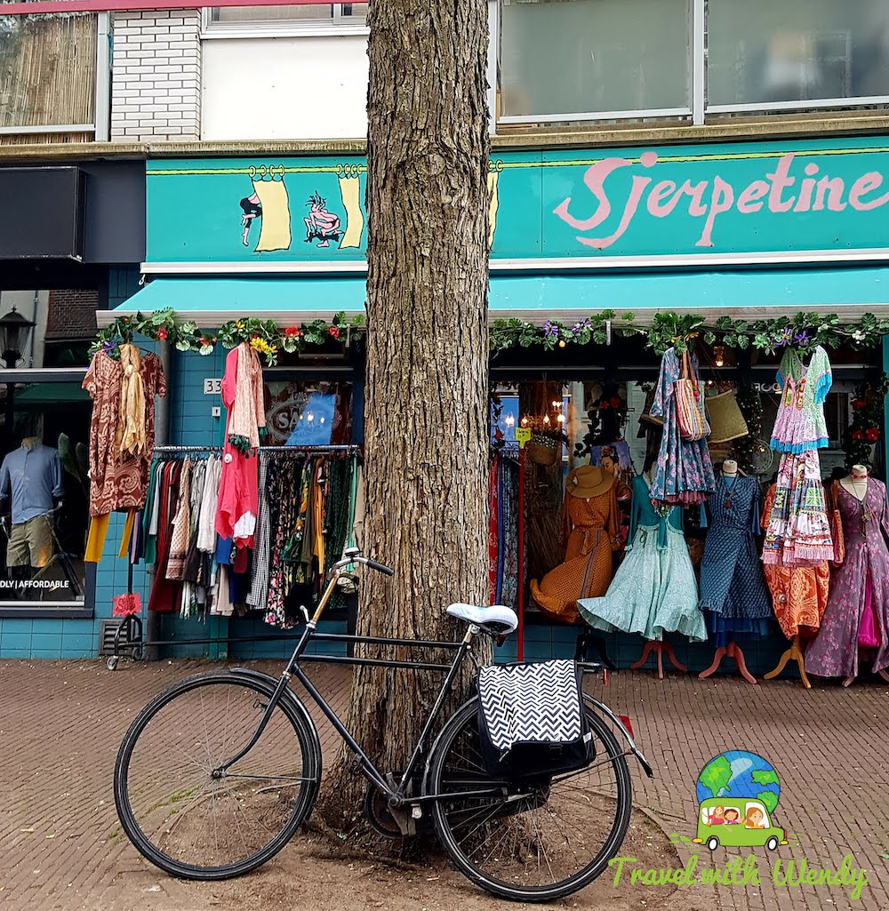 Time to Shop - bike rest in the Netherlands