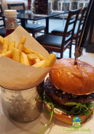 Lunch burger special