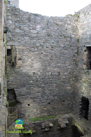 Inside the halls and towers of the Harlech Ruins