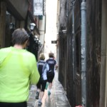 Venice-Italy-Runners-on-Street-TravelXena