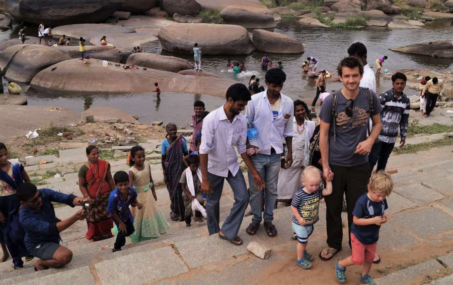 12 tips for travelling India with kids