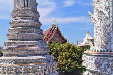 Wat Arun rooftops
