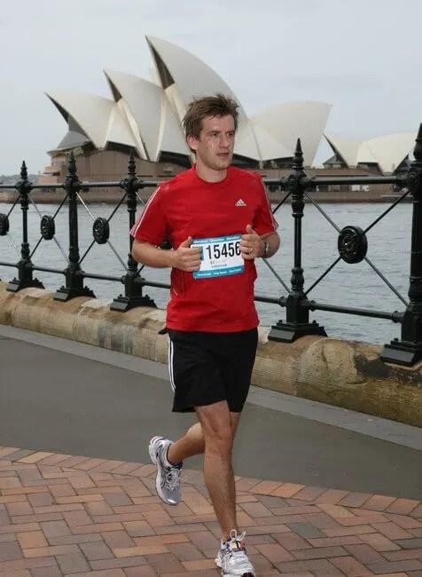 running in front of Sydney Harbour Bridge