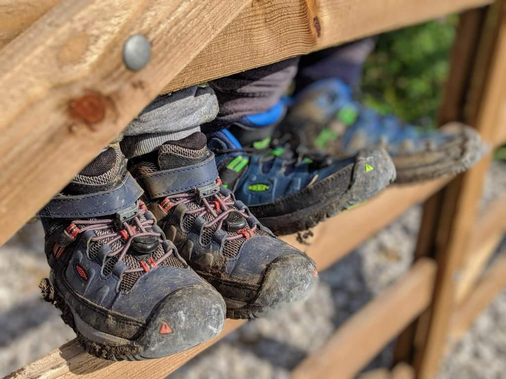 Keen kids hiking boots