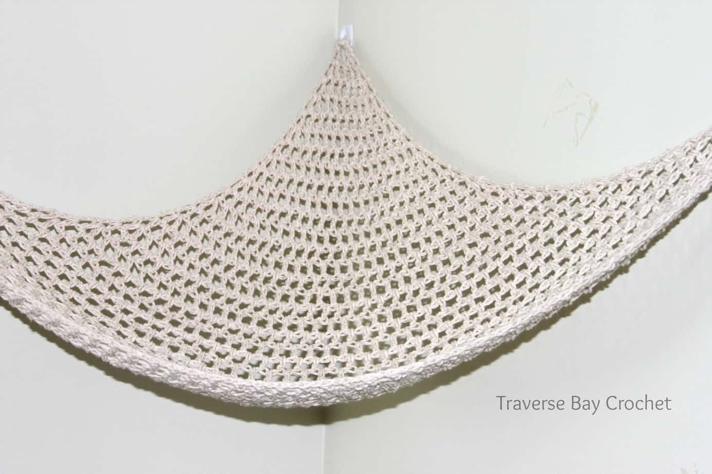 i have had my son u0027s hammock up for over a month and it is nice and strong  the free pattern is below  crochet toy storage hammock    rh   traversebaycrochet