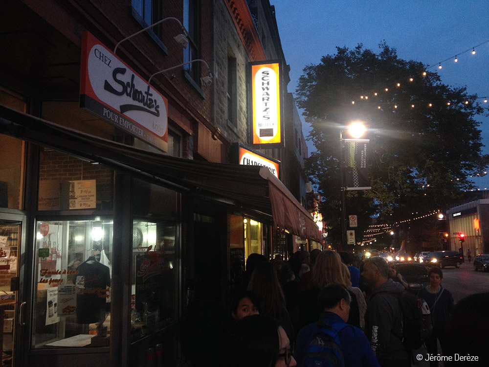 Manger à Montréal - Schwartz's