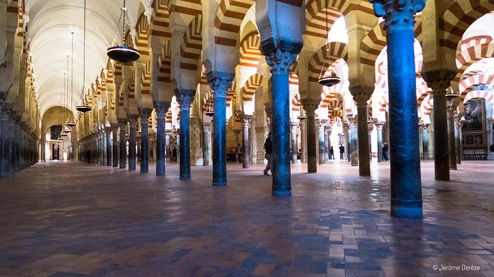 Intérieur de la Mosquée-Cathédrale de Cordoue