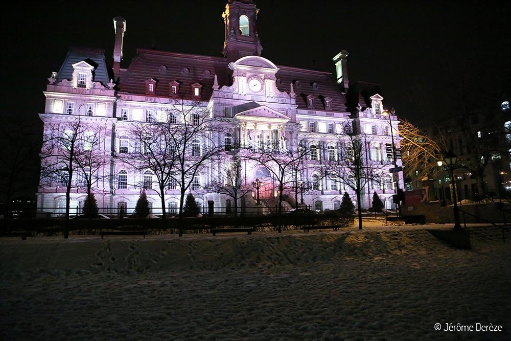 Hôtel de ville dans le vieux montréal