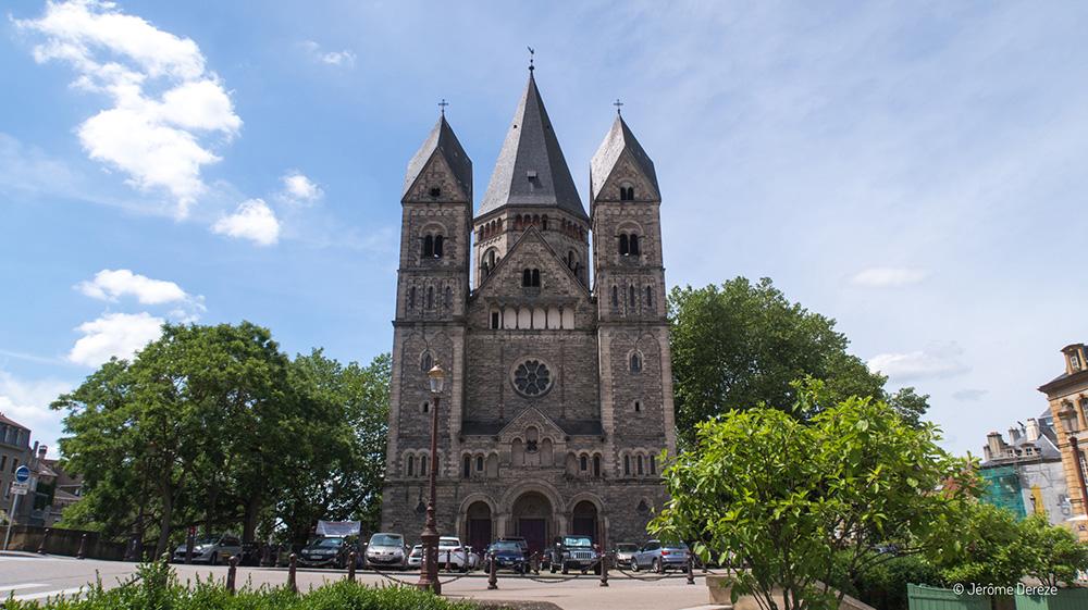 Visiter la Place de la Comédie de Metz et le Temple Neuf