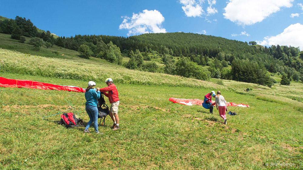 Activités à faire en été dans les Alpes - Parapente