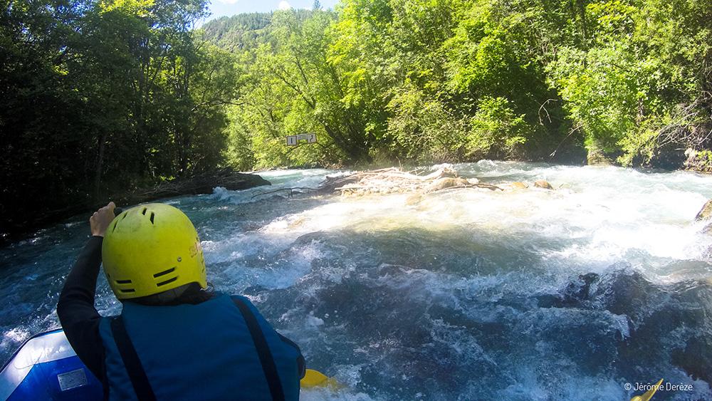 Faire du sport adrénaline dans les Alpes - Rafting