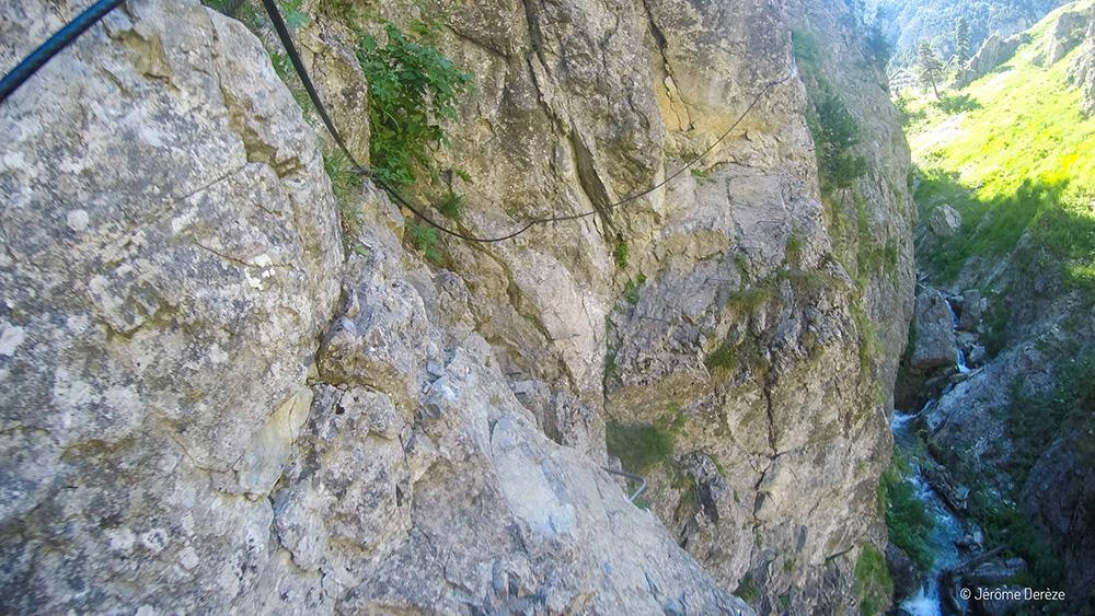 Faire du sport adrénaline dans les Alpes - Via ferrata