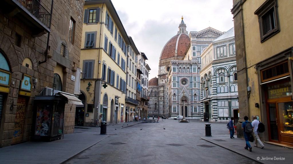 faire un voyage dans les rues de Florence
