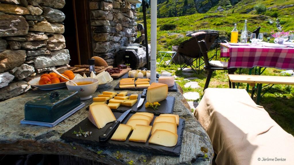 fromage dans les montagnes suisses