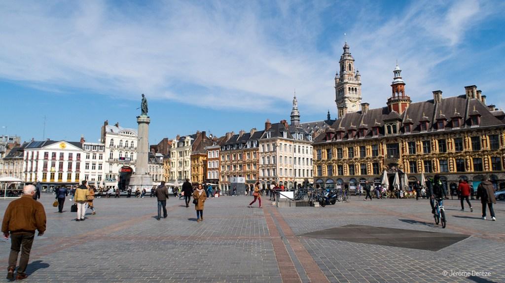 Place Charles de Gaulle à Lille